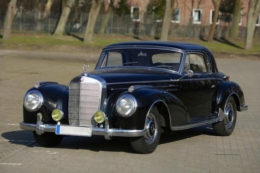 Mercedes Benz 300 Sc Coupé With Sliding Steel Sunroof