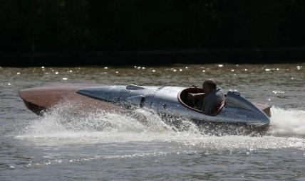 Alfa Romeo 6c 2500 wooden race boat