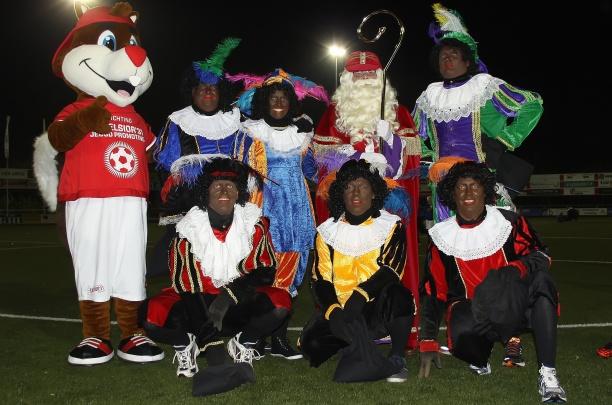 BREAKING NEWS: Sinterklaas en het mysterie van Excelsior'31