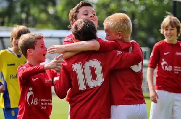 Trainerskorps Excelsior'31 jeugd klaar voor het nieuwe seizoen
