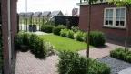Thumbnail van Stijlvolle tuin voor twee-onder-1-kap woning