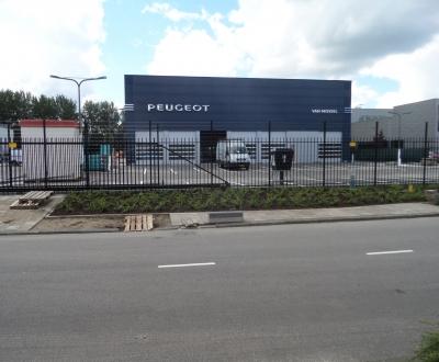 Werkplaats coatingvloer Peugeot Amsterdam