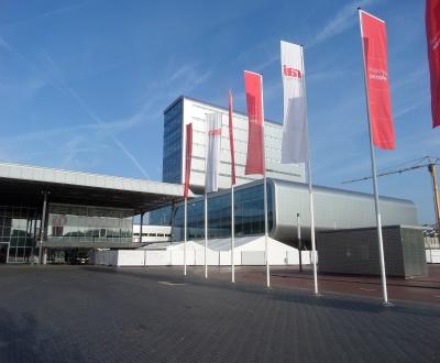 Afbeelding bij Triflex afdichting, fase 2, kelderdek, RAI Amsterdam