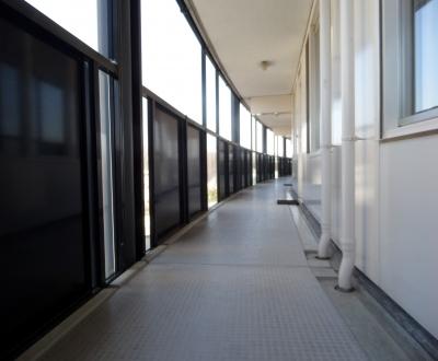 Afbeelding bij Antislipvloer galerijen VvE Dordrecht