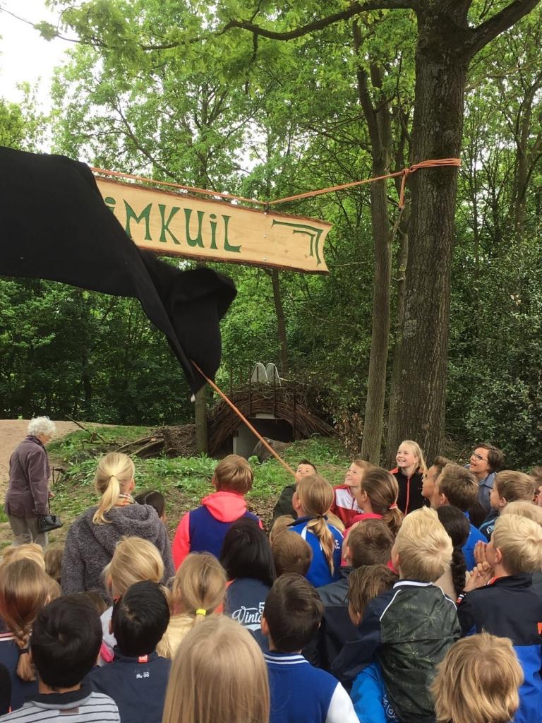Foto bij Opening speeltuin