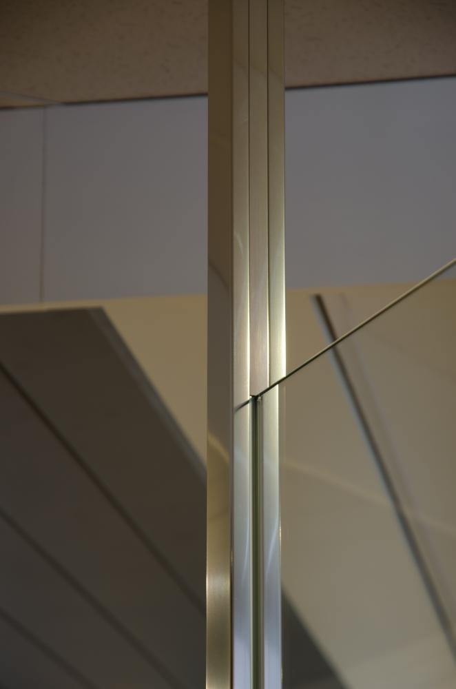 Open de gallery van GL4450
