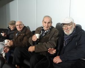 Clienten Vriezenhof naar Heracles-Vitesse